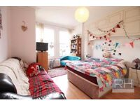 *** LOVELY DOUBLE ROOM IN SHARED FLAT IN THE HEART OF CROUCH END N8***