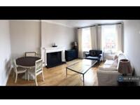 2 bedroom flat in Bramham Garden, London, SW5 (2 bed)