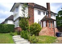 2 bedroom flat in Ossulton Way, East Finchley, N2