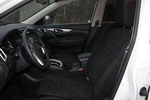 2016 Nissan Rogue SV/Pano Sunroof/LOW KM's/HTD Seats/AWD Prince George British Columbia image 20