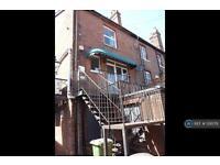 2 bedroom flat in Chapel Street, Petersfield, GU32 (2 bed)