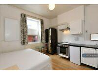 Studio flat in Studio 301 Caledonian Road, London, N1 (#1078137)