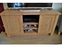 TV cabinet, Light oak effect Looks like new, cost £150 last year