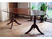 VINTAGE Regency Style Mahogany Extending Oval Dining Table