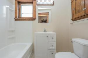 128 Briscoe Street - 2 Bedroom House for Rent London Ontario image 13