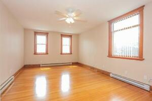 128 Briscoe Street - 2 Bedroom House for Rent London Ontario image 8