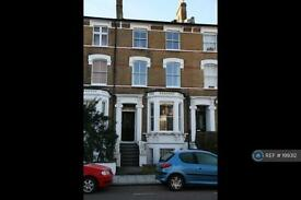 3 bedroom flat in Jeffreys Rd, London, SW4 (3 bed)