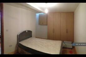 3 bedroom house in Rostrevor Road, London, SW6 (3 bed) (#563443)