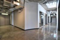 Bureaux Style Loft - À Louer / Office Space Loft Style for Rent