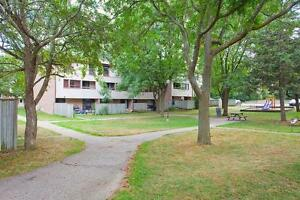 2 Bdrm Townhouse available at 90 Churchill Street, Waterloo Kitchener / Waterloo Kitchener Area image 2