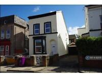 5 bedroom house in Laburnum Road, Liverpool, L7 (5 bed)