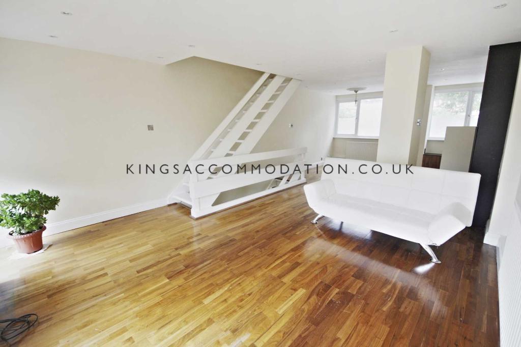 3 bedroom house in London, Streatham