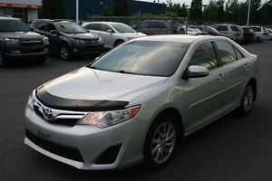 2013 Toyota Camry LE **PEA/MAGS/NAVIGATION** SEULEMENT 37 170KM*