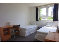Beautiful twin room in Poplar, no fees