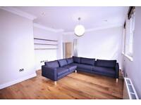 4 bedroom flat in Richmond Avenue, Islington