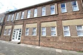 2 bedroom flat in Cleaveland Road, High Barnes, Sunderland
