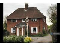 3 bedroom house in Oakfields Road, Knebworth, SG3 (3 bed)