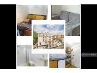 Studio flat in Courtfield Gardens, London, SW5 (#1171813)