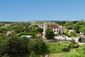 Chateau holiday in the Dordogne June/ July Groups up to 15 guests with private golf course, pool