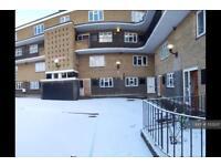 1 bedroom flat in Burlington Place, London, SW6 (1 bed)