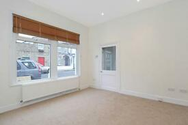 SOUTHFIELDS SW18 NEWLY REFURBISHED HOUSE TO RENT £1650 per calendar month