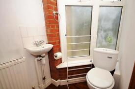 3 bedroom house in Lewis Gardens, East Finchley, N2