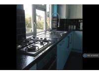 2 bedroom flat in Jupiter Drive, Herts , HP2 (2 bed)