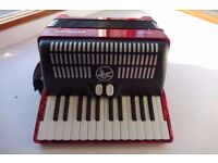Hohner Bravo II 48 accordion in MINT condition,with Hohner gig bag and two sets of straps.