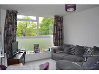 2 bedroom flat in Langham Gardens, London, W13 (2 bed)