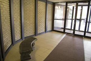 740 Wonderland Road South - 1 Bedroom Apartment for Rent London Ontario image 3