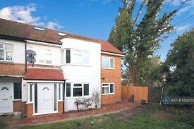 1 bedroom in Fir Tree Road, Hounslow, TW4 (#1052073)