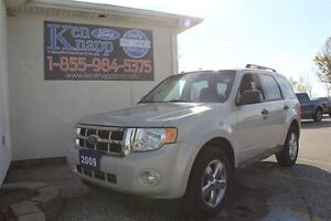 2009 Ford Escape XLT Automatic 3.0L Windsor Region Ontario image 1