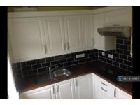 2 bedroom flat in Higher Compton, Plymouth, PL3 (2 bed)