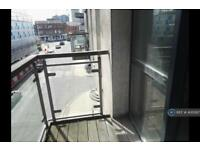 2 bedroom flat in Chapel Street, Salford, M3 (2 bed)