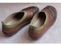 Green and brown, leafy Shoes, Size 6 (39). El Naturalista Organico #072