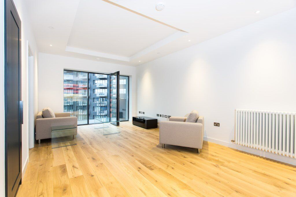 NEW VACANT! 1 BEDROOM APARTMENT CANNING TOWN! DESIGNER FURNISHED, GYM, CONCIERGE, SPA! CANARY WHARF