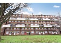 2 bedroom Flat for sale, Mitcham, Surrey, CR4