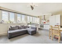 !!! BRIGHT AND SPACIOUS TOP FLOOR FLAT IN THE HEART OF FINCHLEY TO AMAZING PRICE !!!