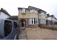 4 Bed Semi-Detached House to Rent in Morden