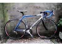 BIANCHI FRECCIA CELESTE, 21 inch, 54 cm, carbon fork, racer racing road bike, 18 speed