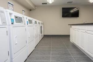 Beautiful 2 Bedroom Suites Avail in Downtown London! CALL TODAY! London Ontario image 11