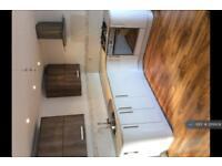 2 bedroom house in Ilsham Road, Torquay, TQ1 (2 bed)