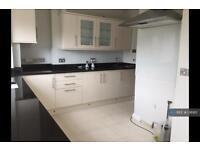2 bedroom flat in Norbury, London, SW16 (2 bed)
