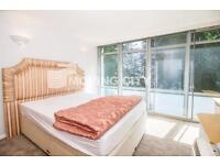 2 bedroom flat in West London Studios, 402 Fulham Road, Fulham