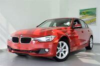 2013 BMW 328i xDrive Premium + Volant chauffant // *Certifié BMW