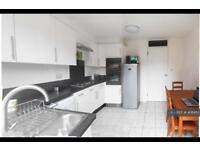 3 bedroom house in Pelly Road, London, E13 (3 bed)