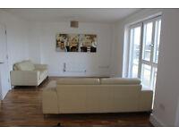 Bermondsey SE1. Large, Light & Luxury 3 Bed 2 Bath Furnished Penthouse with Wrap-Around Balcony