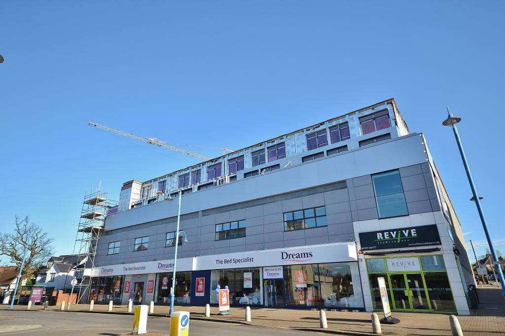 1 bedroom flat in The Picture House, 195 Darkes Lane, Potters Bar, Hertfordshire, EN6