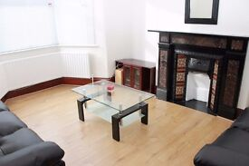4 double bedroom house with 2 bathrooms - completely refurbished