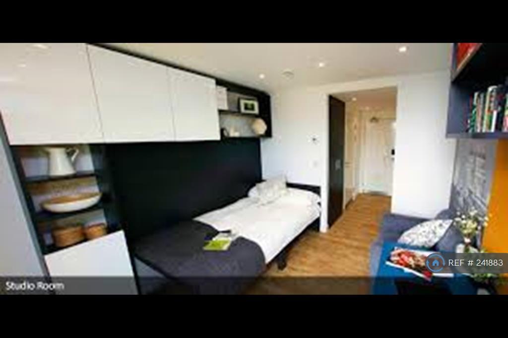 1 bedroom in Minories, London, EC3N